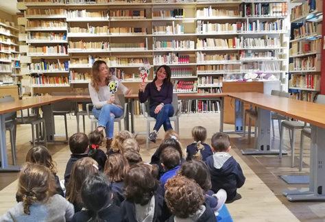 biblioteca_plus